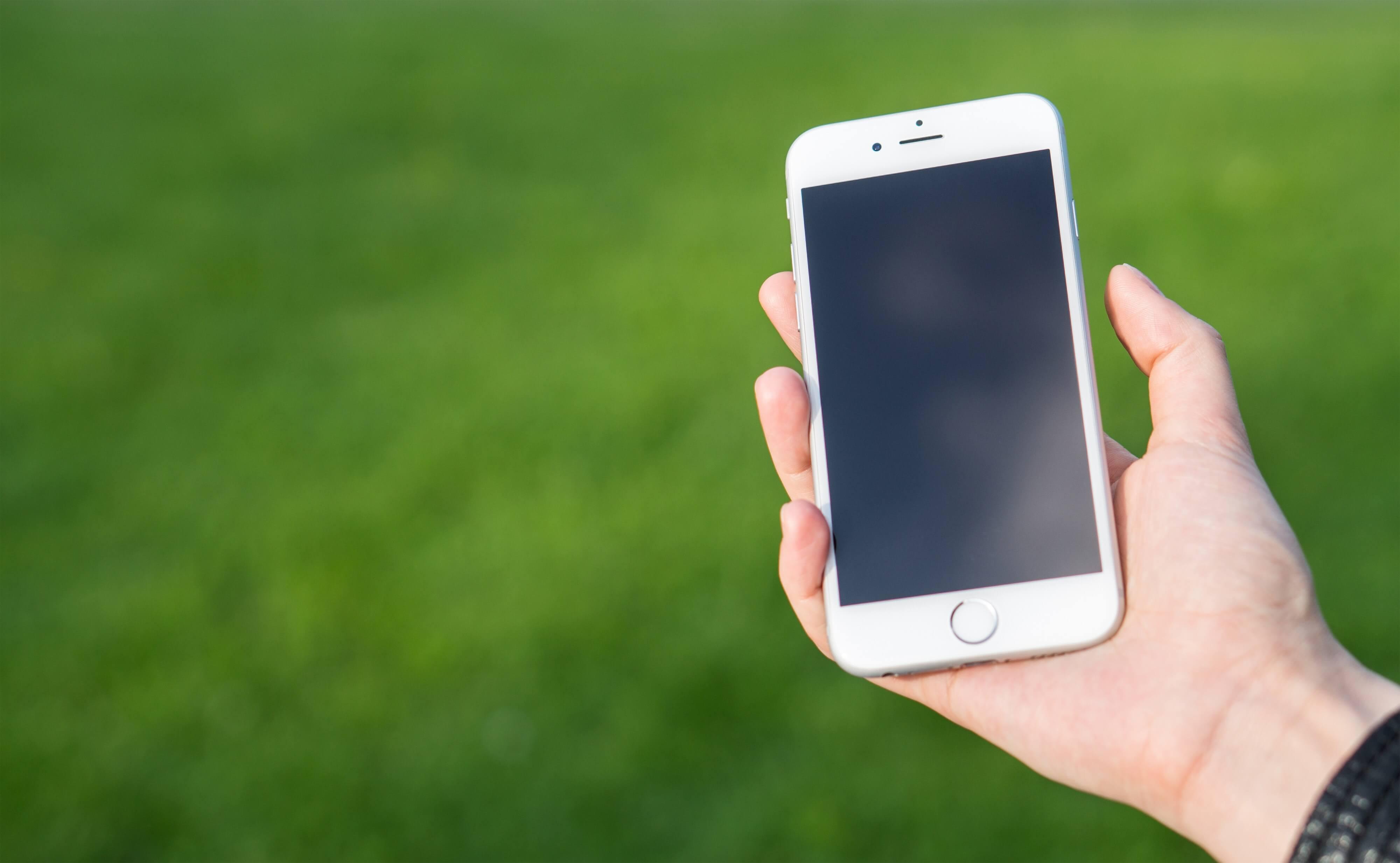 iPhoneが突然死…シャットダウンし起動しない!データは?復活する?