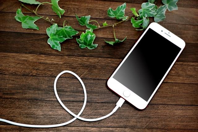 iPhoneが水没でショート!?アイフォンを基盤修理でデータ復旧