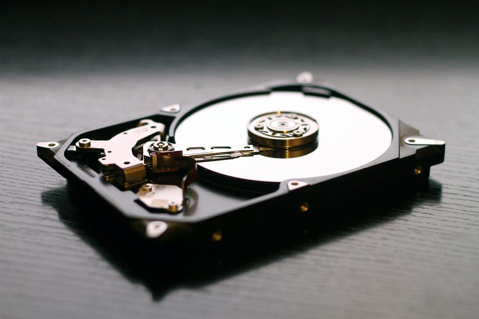 ノートPCのHDD交換と自分でデータ移行をやる場合の注意点