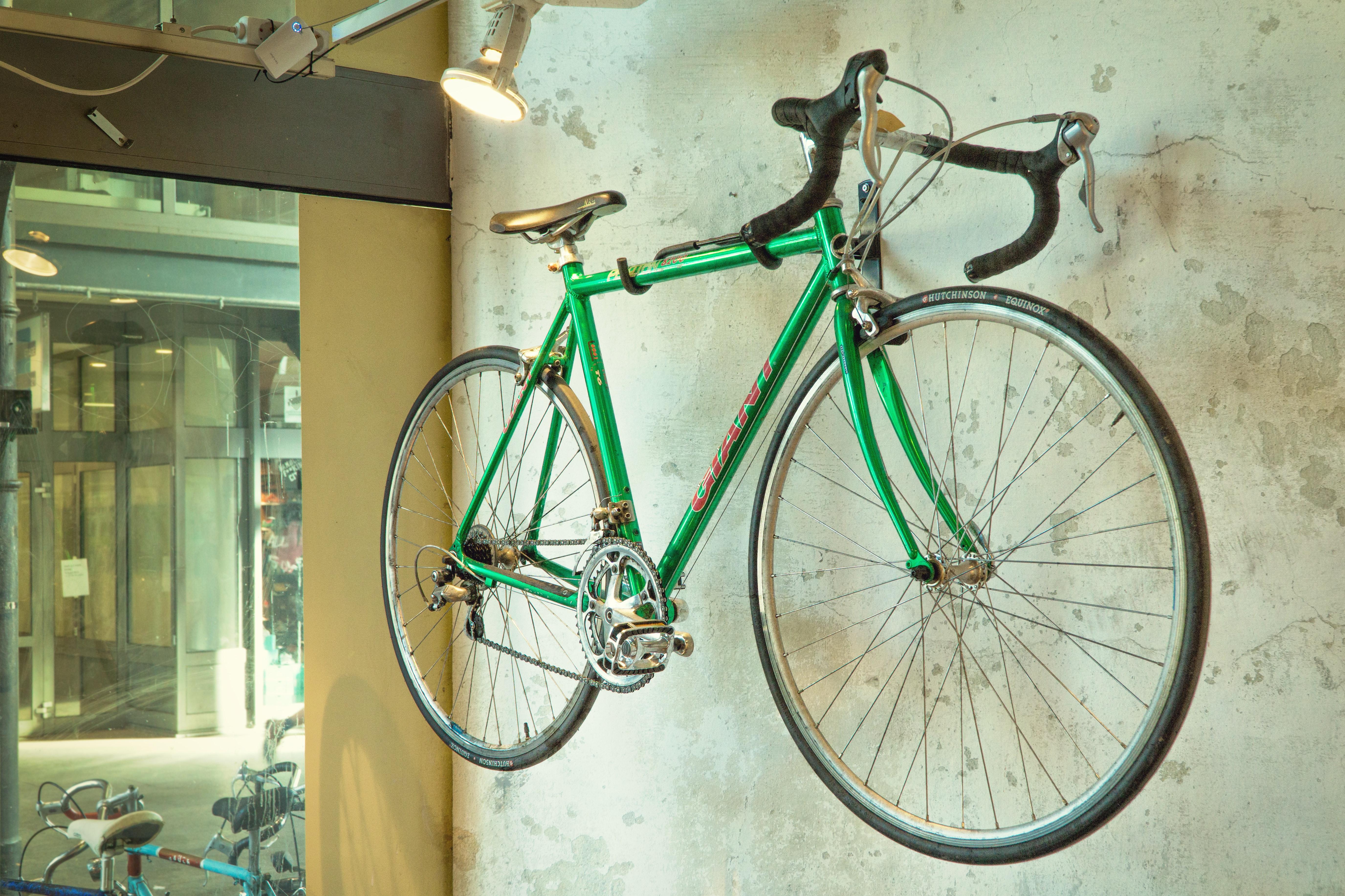 【ロードバイク メンテナンス】タイヤ交換・ホイール交換のタイミングは要注意