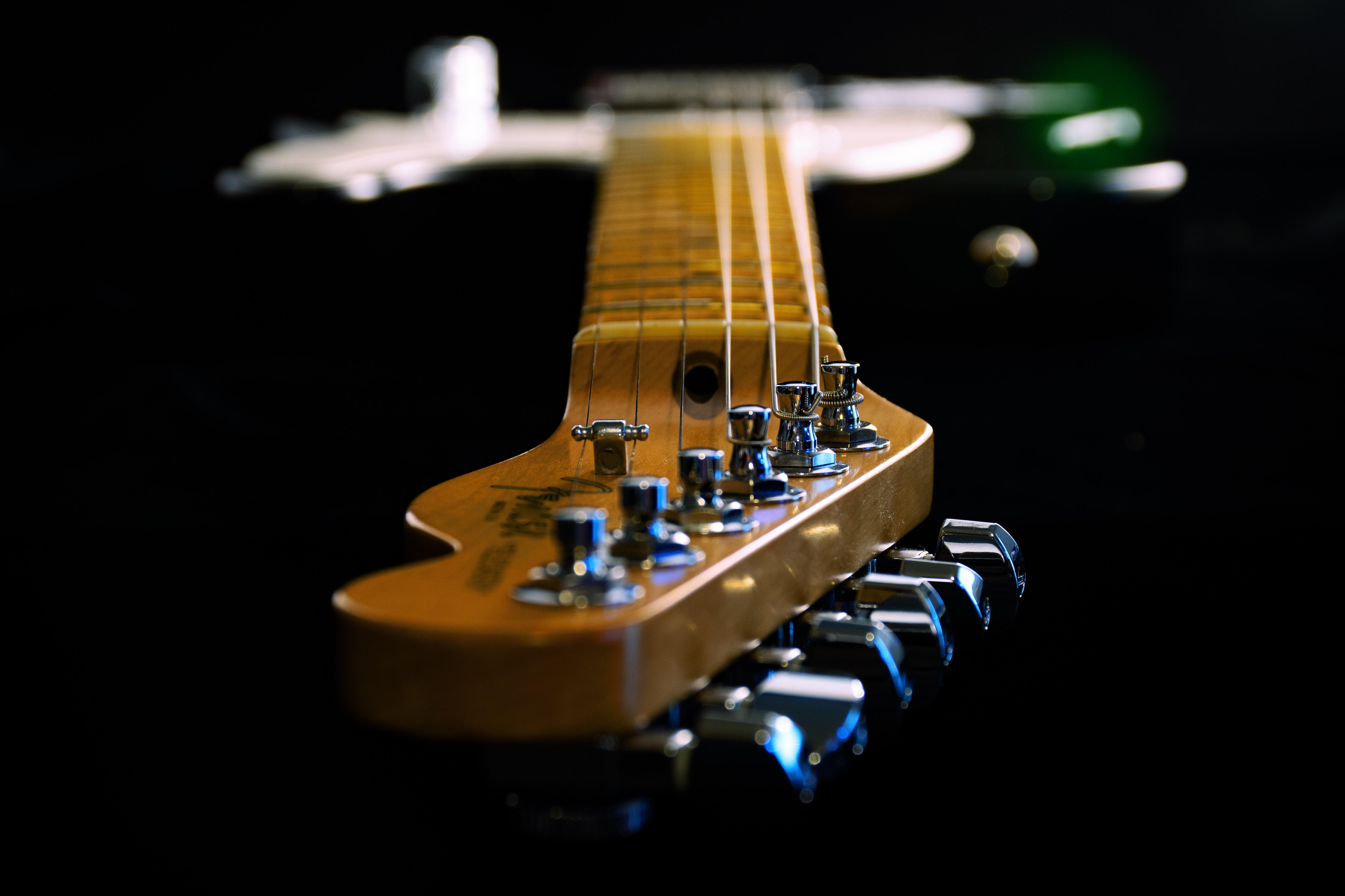 depth-of-field-electric-guitar-guitar-1205062