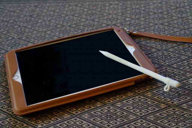 iPadの充電コネクタ・イヤホンジャック・カメラを修理方法